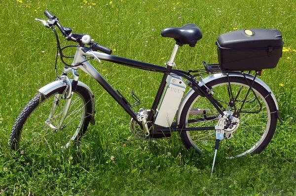 Bild: © panthermedia.net / rozabel - E-Bikes und Pedelecs: Zunächst gewöhnungsbedürftig, dann neues Lebensgefühl