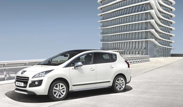 Bild: © Peugeot/Auto-Reporter.NET - Peugeot 3008 HYbrid4 weiter verbessert