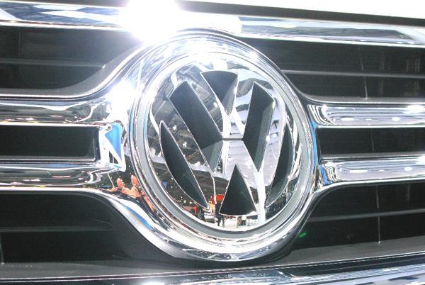 Bild: UnitedPictures/Auto-Reporter.NET - VW erhält den Ethics in Business Award 2012 für seine Bestrebungen im Bereich Umwelt und Nachhaltigkeit
